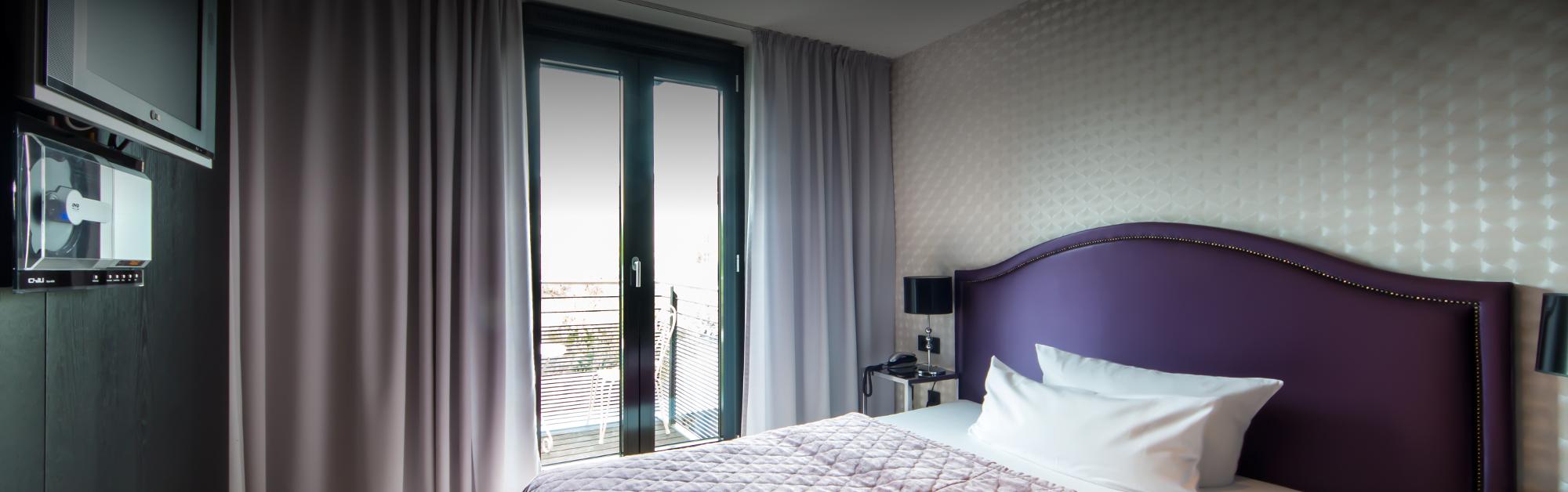 rooms-002.jpg